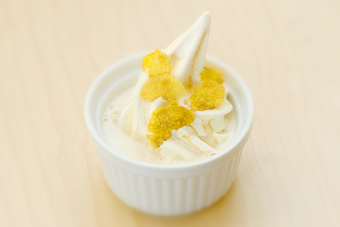 ソフトクリームのエスプレッソがけ